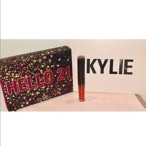 🌺Kylie Cosmetics Hello 21 MINI Liquid Lipstick🌺